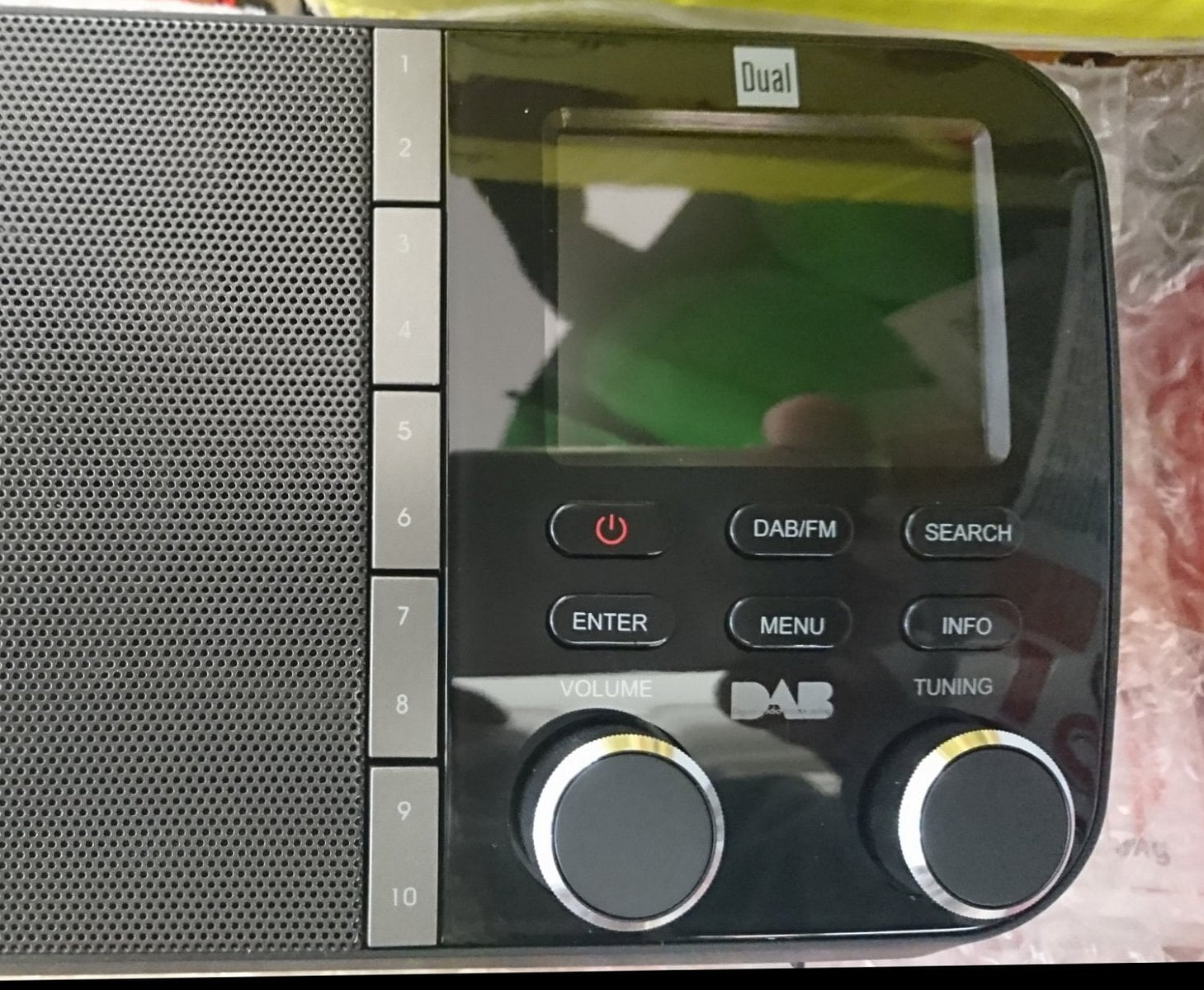 DAB rádio Dual DAB 4C prodávané v Normě