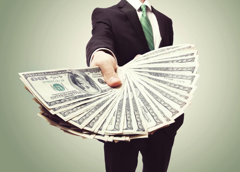 Jak vnouzi získat vcizině hotovost do pár minut?