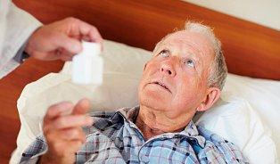 Antibiotika se musí dobrat, ale proč?