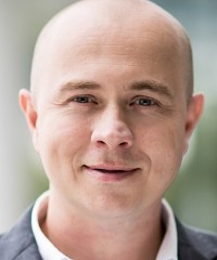 Ladislav Šolc, Mainstream Technologies