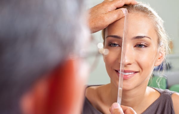Příprava na operaci nosu