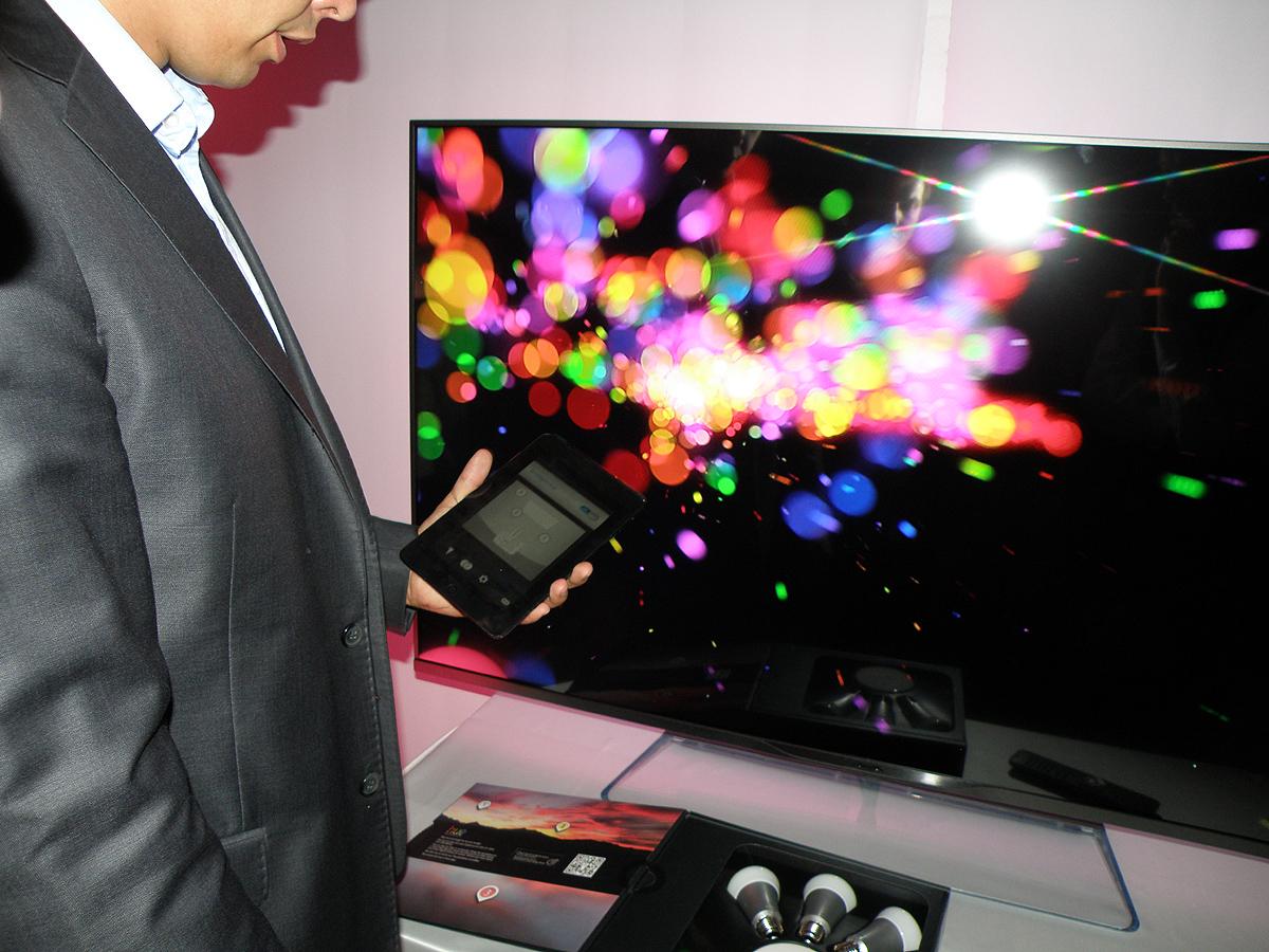 TP Vision představila televizory Philips pro sezónu 2013/2014
