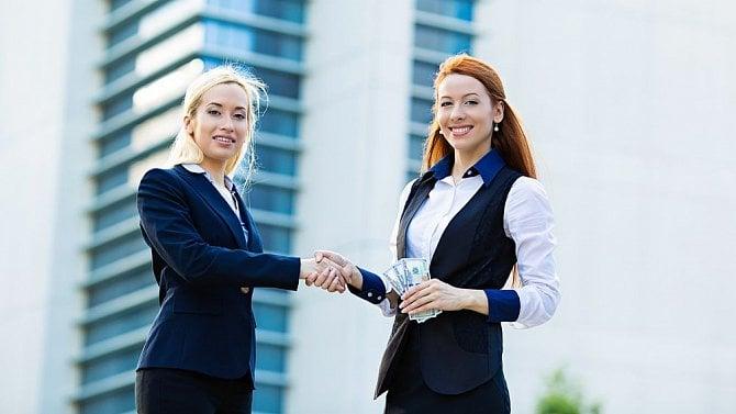 Získejte nové zaměstnance pomocí motivačního a náborového příspěvku
