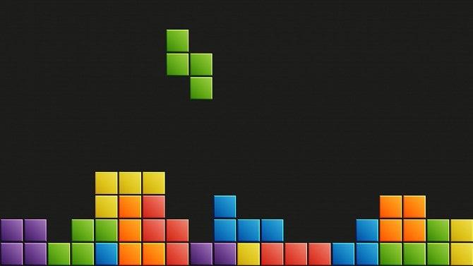 Hra Tetris naprogramovaná vJave aSwingu