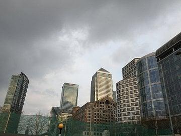 Celá odvětví jen tak z Londýna přestěhovat nejde, musí s tím jít i ekosystém okolo.