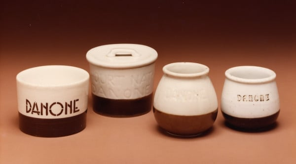 Původní keramické obaly Danone - Španělsko a Francie