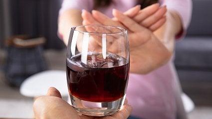 Vitalia.cz: Suchej únor– dokážete měsíc nepít alkohol?