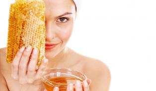 Kosmetika svůní medu omlazuje