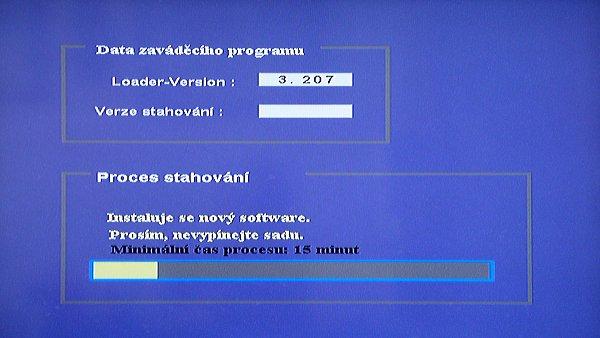 Upgrade firmware na verzi 2.1 trvalo asi 47 minut, čili méně, než předpovídalo okno stahování.