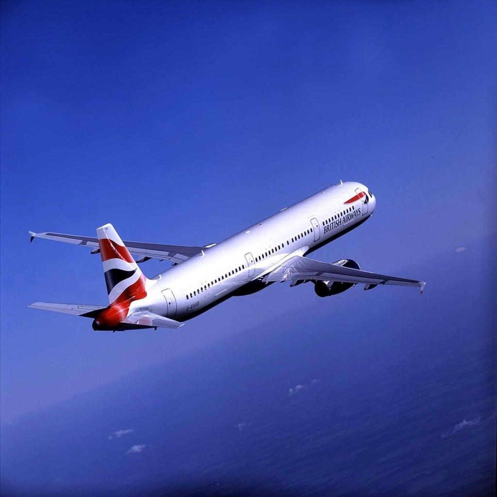 Připojení v letadle až 75 Mbit/s. European Aviation Network