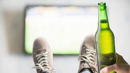 Vitalia.cz: 600 000 Čechů pije denně, 100 000 chlastá