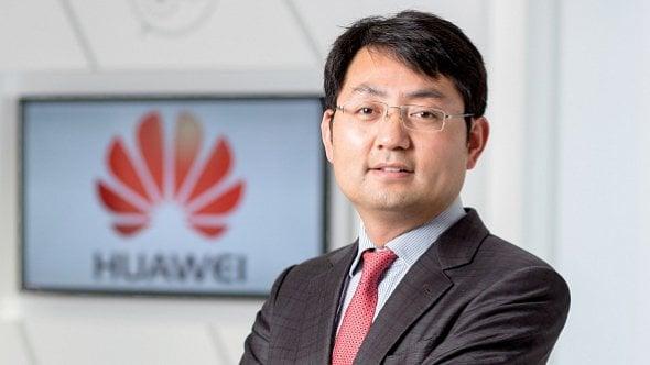 [článek] Huawei začíná vČR prodávat telefony bez aplikací Googlu. T-Mobile je nabízet nebude