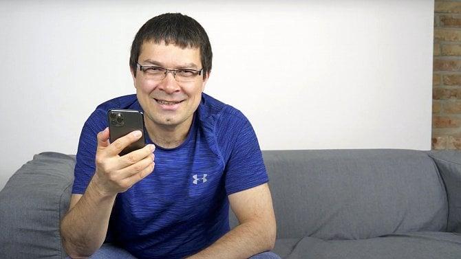 David Beck (Hello Emma): Nechápu, proč Apple dělá sčeštinou pro Siri takové drahoty