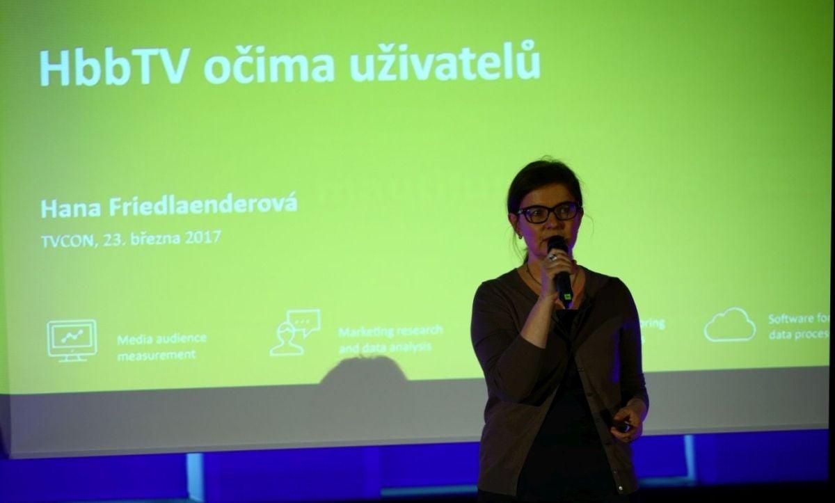 Nielsen Admosphere, Hana Friedlaenderová