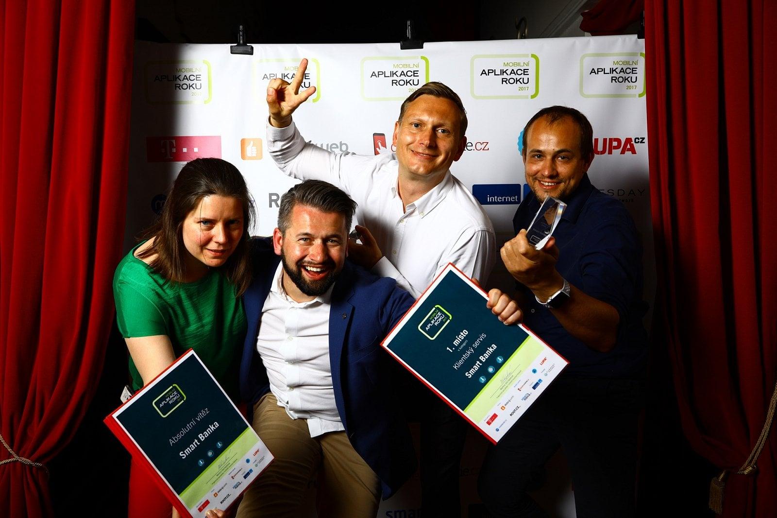 Mobilní aplikace roku 2017 - V pražském Royalu vyhrála Moneta