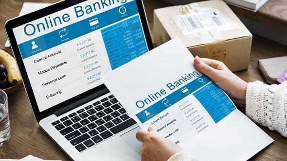 Kdo vám umožní ovládat účty dalších bank zjednoho internetbankingu?