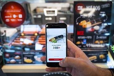 Nasbírané body můžete vyměnit za zvýhodněné nabídky či produkty zdarma z nabídky rychlého občerstvení Stop Cafe.