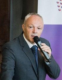 Vladimír Dvořák na konferenci k 10 letům očkování proti HPV