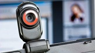 Lupa.cz: Jak na videokonference? Umí propojit i desítky lidí