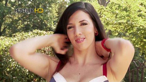Ukázka z vysílání erotického kanálu Hustler HD