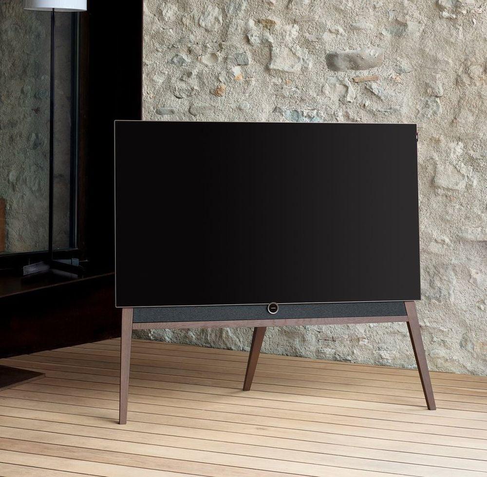Loewe Bild 5 OLED - design, dřevo