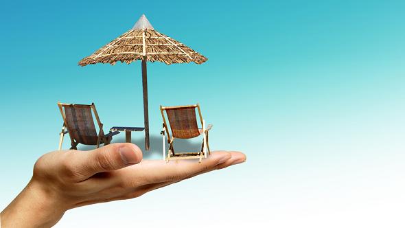 Jak platit na dovolené vzahraničí? Nezatracujte kartu, ale ani hotovost