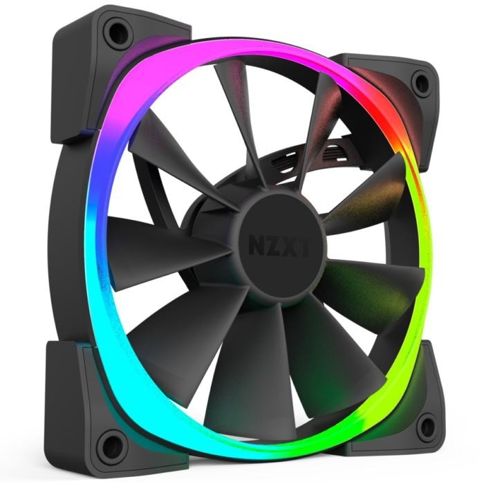 Větráček NZXT Aer je k dispozici ve velikostech 120 mm a 140 mm, přičemž každé balení obsahuje osm samostatně ovladatelných LED diod