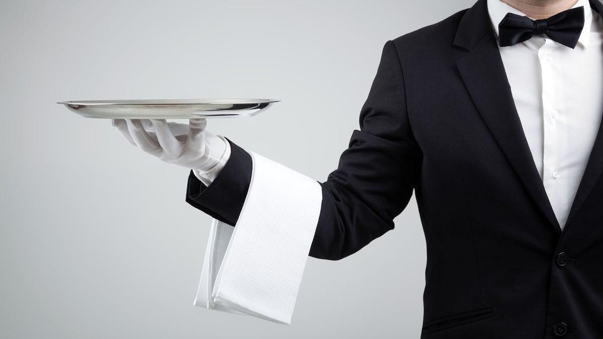 Od prosince klesne restaurac�m sazba DPH z�21�na 15�%