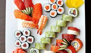 Sushi není syrová ryba lapená vlepivé rýži