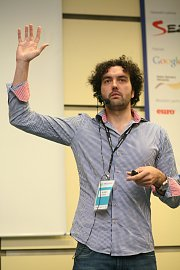 Petr Mára přivítal a představil novou verzi iOS 5