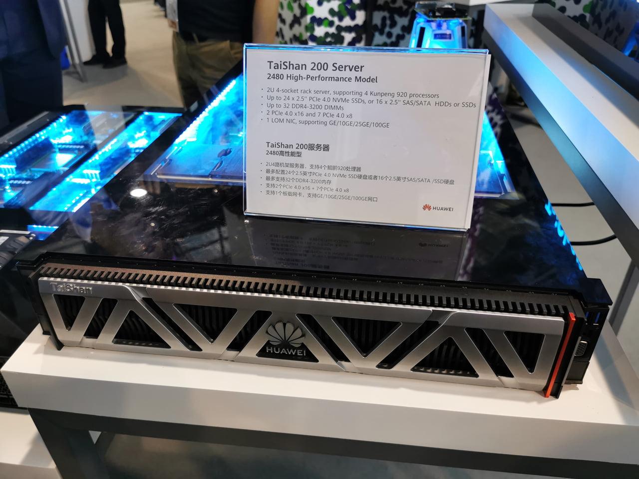 Serverové čipy Ascend 910 a Kunpeng 920 od Huawei