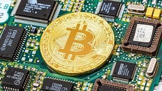 Lupa.cz: Bitcoin v roce 2017: Rekordy i pokusy o zkrocení