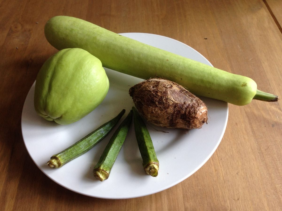 Exotická zelenina: okra, eddoe, čajot, kalabasa