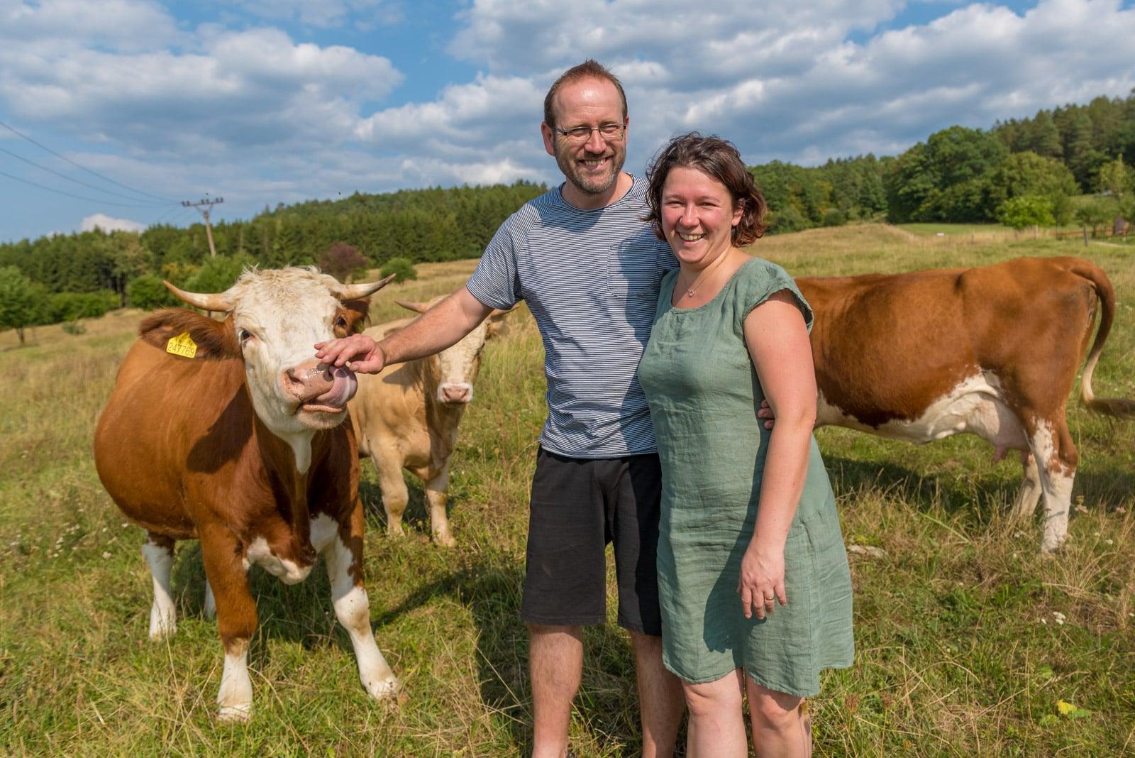 Podívejte se, jak Tomšíčkovi hospodaří na rodinné farmě