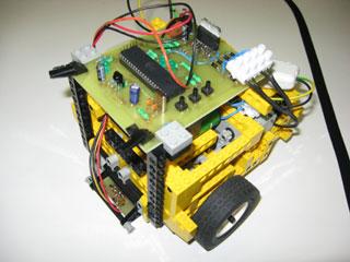 Robot stopař