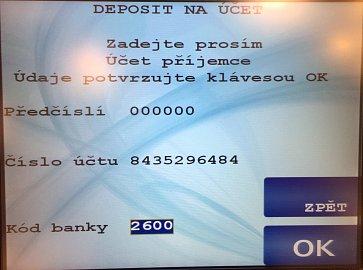 Vkladomat České spořitelny. S platebními kartami ČS lze vložit hotovost i na účty jiných bank. Zadání čísla účtu.