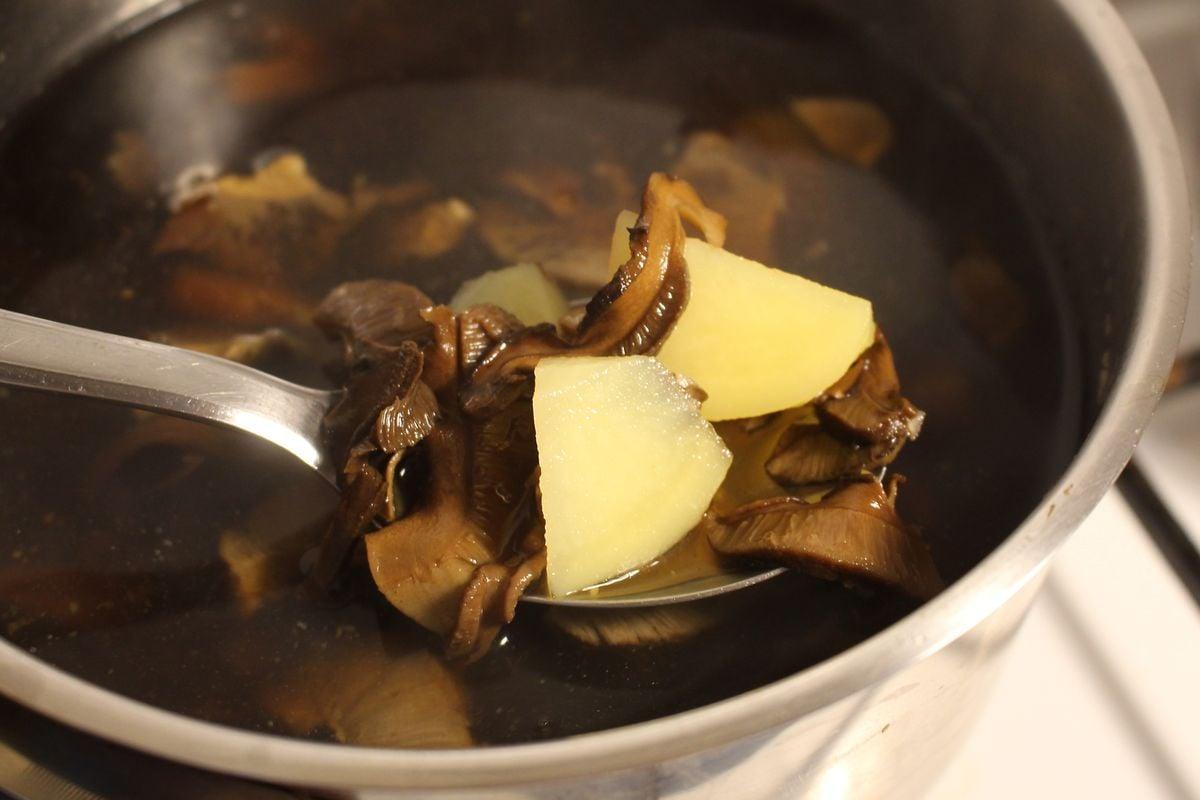 Recept na originální zalitou polévku