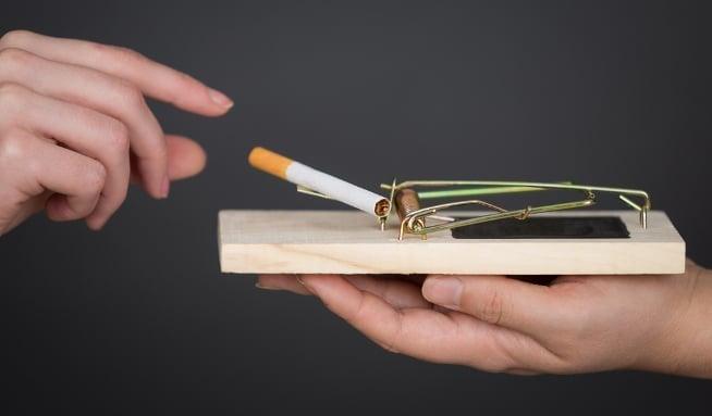 kouření a kouření video černá kuřata