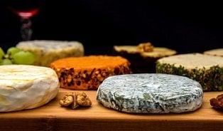 Vitalia.cz: 8 druhů vegan sýra, včetně plesnivýra
