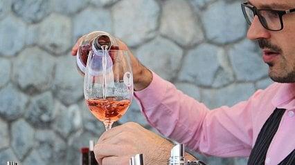 Vitalia.cz: Myslíte si, že je růžové víno sladší?