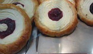 Je libo koláče s myšími bobky? Měli je v pekařství Ječmínek, ale už nejsou...