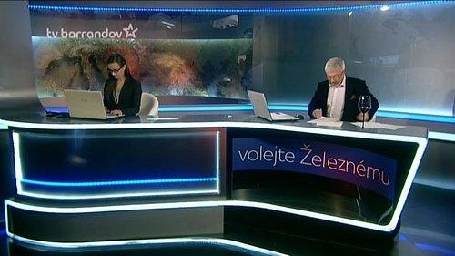 Záběr na studio, z něhož se vysílá pořad Volejte Železnému.