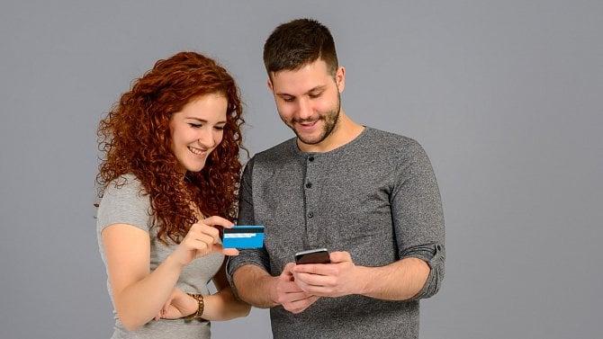 Mobilní nákupy izelená vlna. Takové budou trendy vinternetovém nakupování