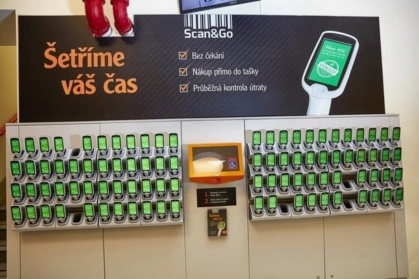 Jak se nakupuje v Globusu se Scan&Go?