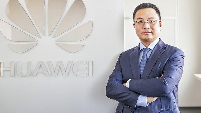 """[aktualita] Huawei v Česku mění šéfa a kvůli našemu """"specifickému trhu"""" vytváří nový region"""