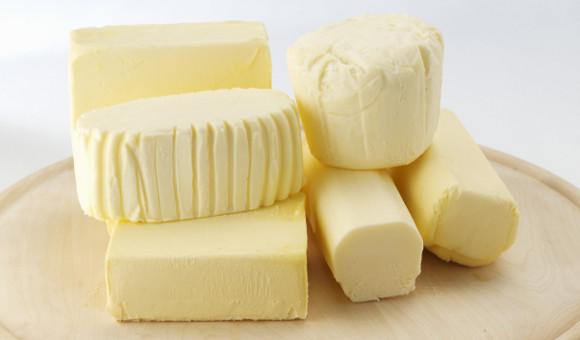 Pokud máslo nejíte, vězte, že ho někdo jí za vás. Průměř je 5,9 kg ročně na osobu.