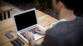 120na80.cz: 10tipů, jak šetřit oči při práci spočítačem