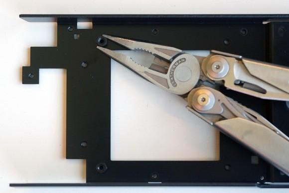 Vyberte vhodné podložky pro váš chladič a poté je namontujte na adaptér