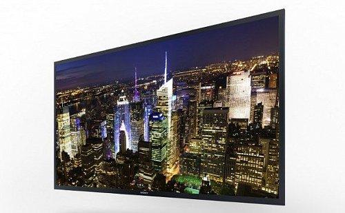 Prototyp 56 palcového OLED 4k2k zobrazovače, který ukázal Panasonic na veletrhu CES v Las Vegas.