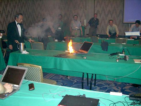 Dell explodoval na konferenci